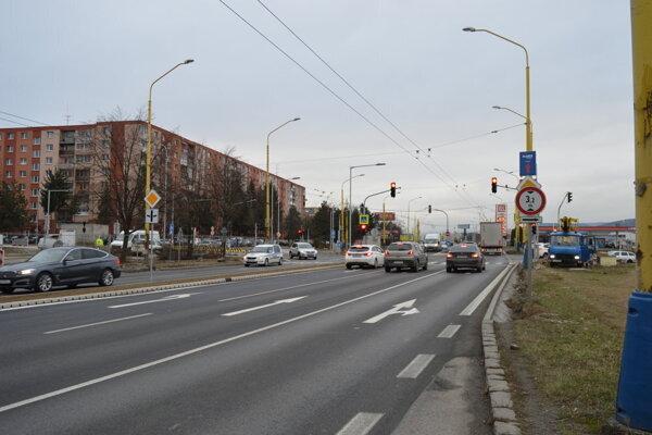 Križovatka ulíc Arm. gen. Svobodu - Pod Táborom.