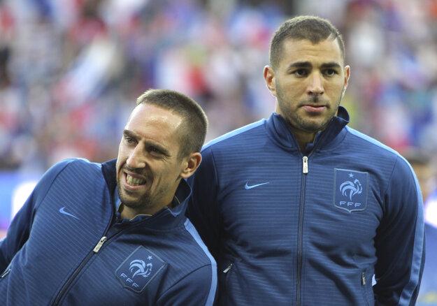 Franck Ribéry a Karim Benzema. Dvaja vinníci, ktorí mali sex s maloletou escort girl Zahiou Dehar.