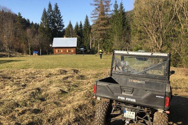 Aj vo Vysokej nad Kysucou robili monitoring chalúp. Starosta požiadal o pomoc miestnych hasičov.