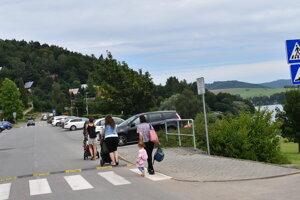 Parkovanie v rekreačnej oblasti Domaša - Valkov.