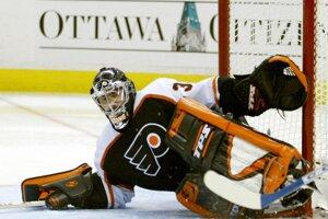 Roman Čechmánek v bránke klubu NHL Philadelphia Flyers v roku 2003.