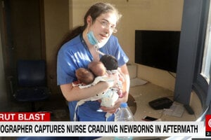 Ikonická snímka zdravotnej sestry.
