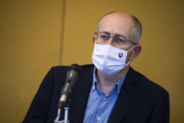 Predseda Výboru Národnej rady SR pre hospodárske záležitosti Peter Kremský (OĽANO).