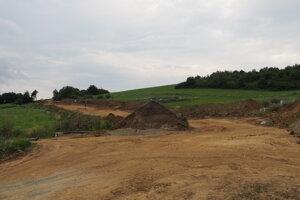 Zvyšnú časť prístupovej cesty k tunelu Bikoš postavia neskôr.