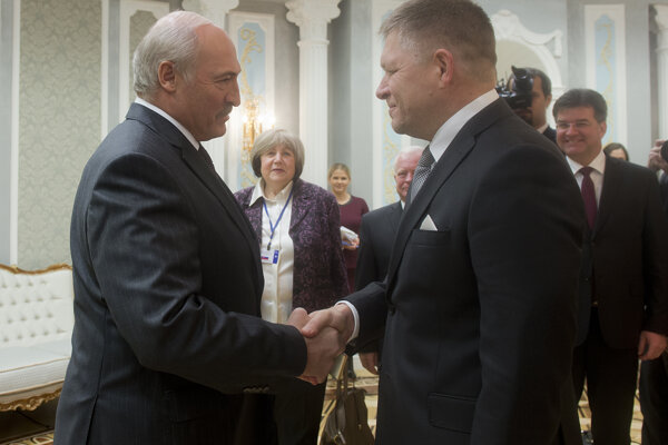 Alexander Lukašenko a Robert Fico.