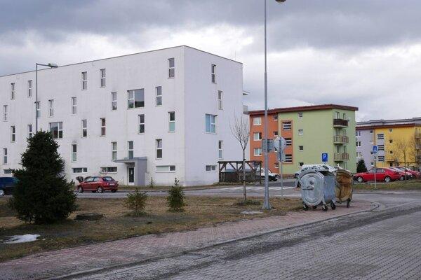 Byty sú prázdne, mesto ich nemôže prideliť.
