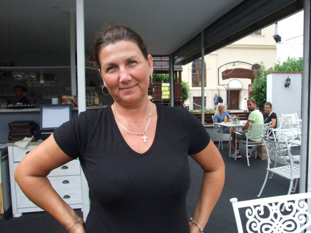 Andrea Klementíková hovorí, že zákazník bol u nich s ďalším mužom, ktorý odišiel skôr.