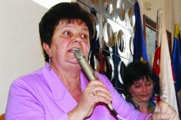 Serafína Ostrihoňová má na svojich riaditeľov zjavne dvojaký meter.