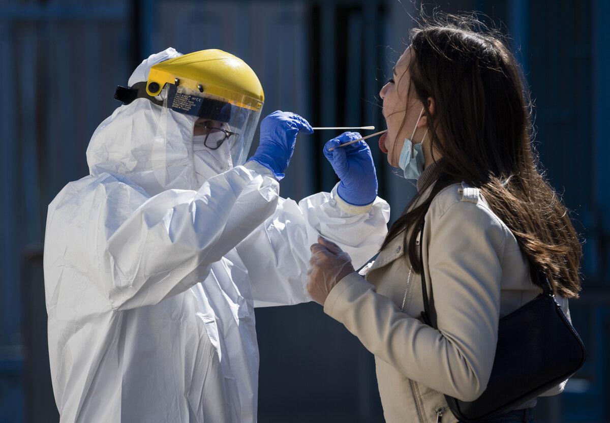 Mesto Skalica ohlásilo skupinové šírenie ochorenia Covid-19