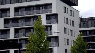 Ceny bytov rastú. Prečo kríza nepriniesla zlom? (otázky a odpovede)