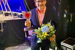 Na nedávnom muzikálovom festivale v Brusne si prevzal prestížne ocenenie Brusnianska brusnica.