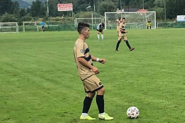 Záber zo zápasu mládeže ŠK Javorník Makov.
