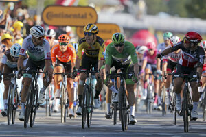Wout van Aert kričí na Petra Sagana po 11. etape.