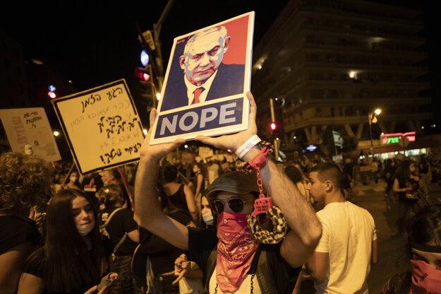 Protest proti opatreniam a premiérovi Netanjahuovi v Jeruzaleme.
