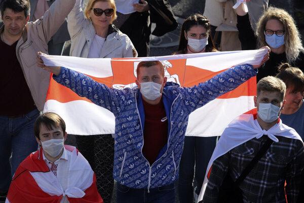 Protesty v Bielorusku trvajú už celé týždne.