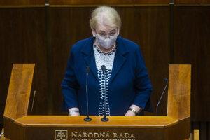 Poslankyňa NR SR Anna Záborská (OĽaNO) počas rokovania 12. schôdze parlamentu v utorok 29. septembra 2020.
