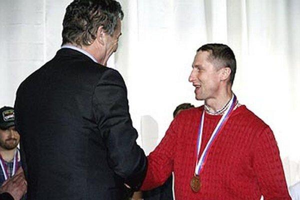 Antonín Stavjaňa získal s Nitrou počas svojho trojročného pôsobenia tri medaily. Dve mali bronzový, jedna strieborný lesk.
