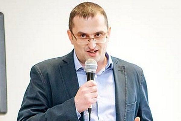 MUDr. Štefan Kóňa.