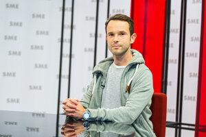 Infektológ Peter Sabaka (36) pracuje na Klinike infektológie a geografickej medicíny v nemocnici na bratislavských Kramároch. Je odborníkom na vakcíny.
