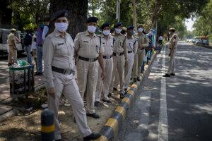 Príslušníci indickej polície.