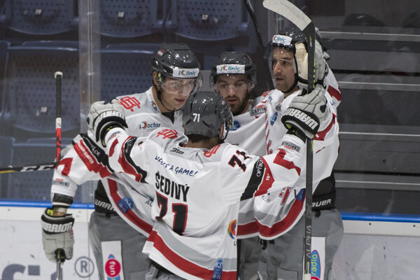Hokejisti Bratislava Capitals na ilustračnej fotografii.