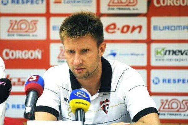Bývalý ligista Peter Čvirik je oporou mužstva Jelky.