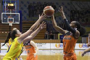 Ženská extraliga basketbalistiek bude pokračovať.