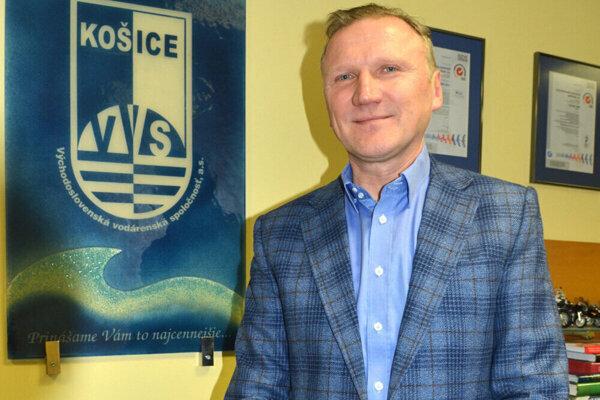 Platí prezumpcia neviny, reagoval generálny riaditeľ vodární Stanislav Hreha na otázku o svojom možnom odstúpení.