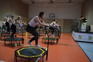 Súťažnú kategóriu Jumping na Letnej univerziáde SR 2020 ovládli študentky Žilinskej univerzity.