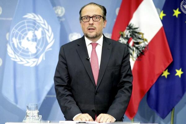 Rakúsky minister zahraničných vecí Alexander Schallenberg.