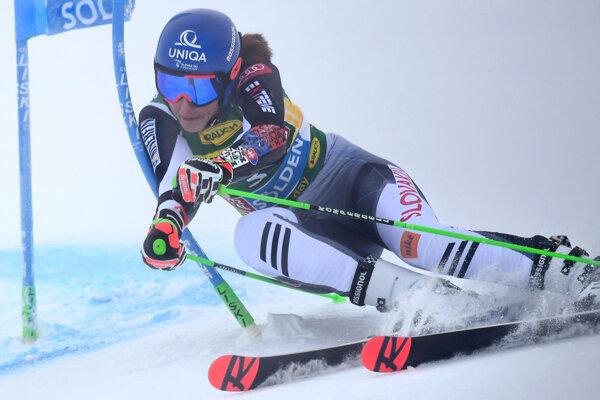 Petra Vlhová hneď v prvom kole svetového pohára na stupňoch víťazov
