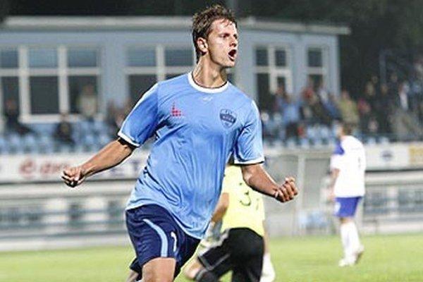 Matúš Paukner nastrieľal na jeseň 17 gólov s 5-gólovým náskokom je na čele tabuľky strelcov II. ligy západ.