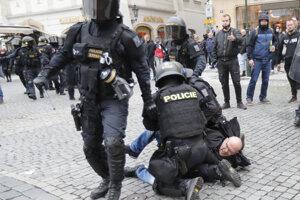 Policajný zásah v Prahe.