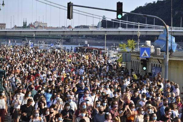 Protest v Budapešti zo 6. septembra 2020.