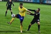 Útočník Ismar Tandir (v žltom) je prvým Bosniakom v michalovskom drese.