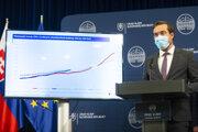 Na snímke minister zdravotníctva SR Marek Krajčí počas tlačovej konferencie po skončení Ústredného krízového štábu 22. októbra 2020 v Bratislave.