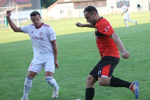 Marko Lukáč (vľavo) má pestrý futbalový životopis.