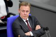 Na archívnej snímke z 21. marca 2019  podpredseda nemeckého parlamentu (Bundestagu) Thomas Oppermann v Berlíne.