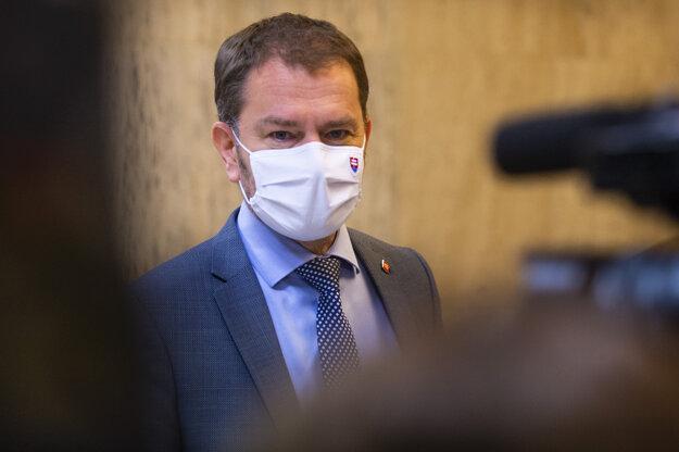 Premiér Matovič prichádza na rokovanie vlády.