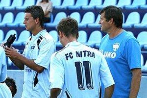 Tréner Nitry Michal Hipp je rád, že Matúš Paukner (vľavo) pod jeho vedením zvláda úlohu kanoniera.