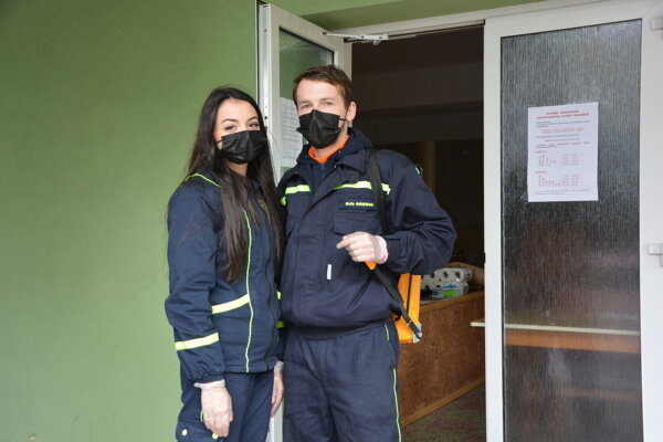 Erik Gregor pôsobí v obci aj ako dobrovoľný hasič.