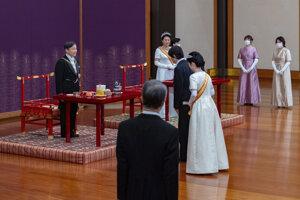 Japonský cisár Naruhito formálne vyhlásil svojho mladšieho brata, korunného princa Fumihita.