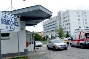 Nemocnici šéfuje poslanec za Smer Jozef Valocký.