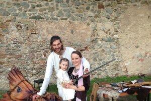 Mical Keruľ s rodinou.