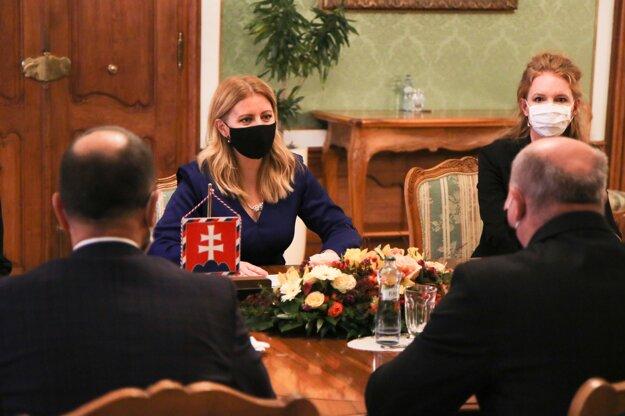 Prezidentka Zuzana Čaputová počas prijatia predstaviteľov Združenia miest a obcí Slovenska v Prezidentskom paláci.