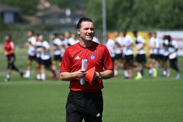 Tréner AS Trenčín Stijn Vreven.