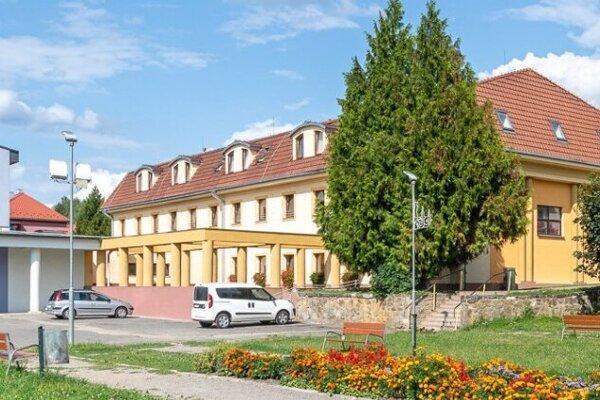 Domov pokojnej staroby v Snine.