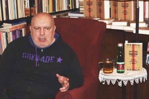 Peter Pišťanek svoju knihu Rukojemník predstavil v Nitre ako v prvom meste svojho literárneho turné.