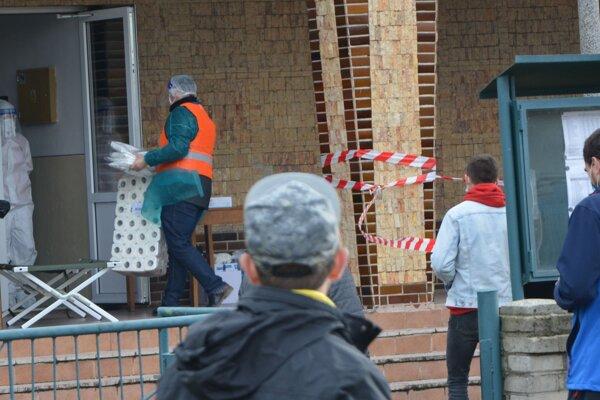 Desať obcí Topoľčianskeho regiónu čaká v sobotu už tretie kolo testovania.