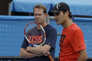 Stefan Edberg (vľavo) a Roger Federer v roku 2014.